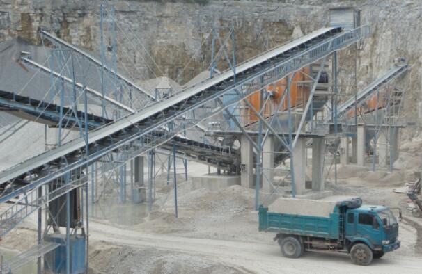 砂石生产线的优势是能够同时生产出机制砂和石料